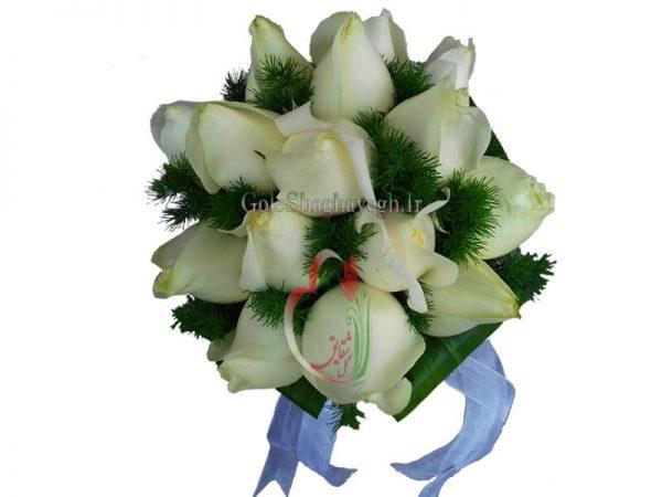 قیمت دسته گل عروس رز سفید