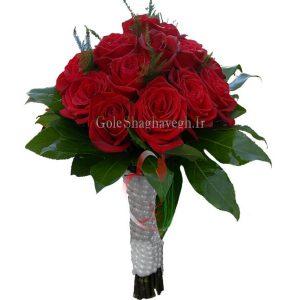 دسته گل عقد رز قرمز