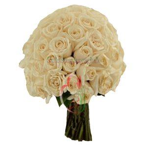 دسته گل عروس سفید کرم