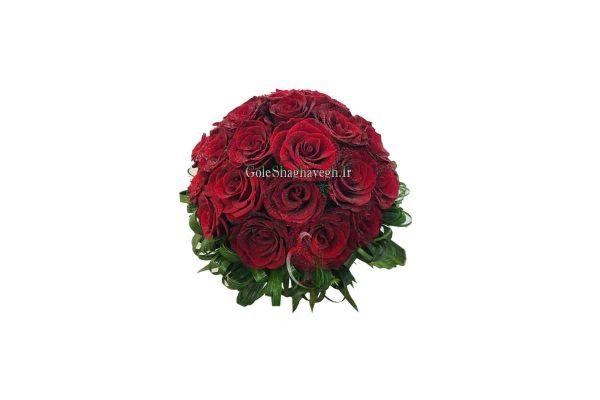 دسته گل عروس رز قرمز