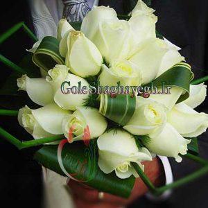 دسته گل عروس رز سفید