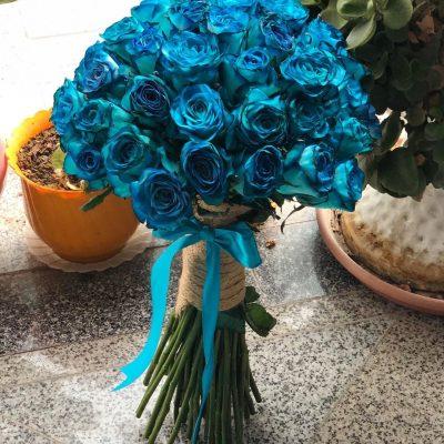 دسته گل رزهلندی آبی