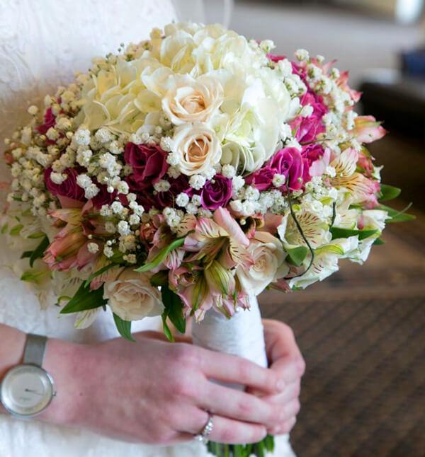 دسته-گل-عروس-بیدرمایر